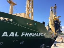 AAL Fremantle – Discharging Hopper in Townsville, Australia