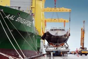 Floating Cargo