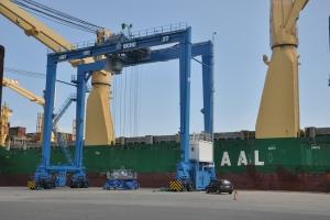 AAL-Nanjing-in-Port-Hedland3